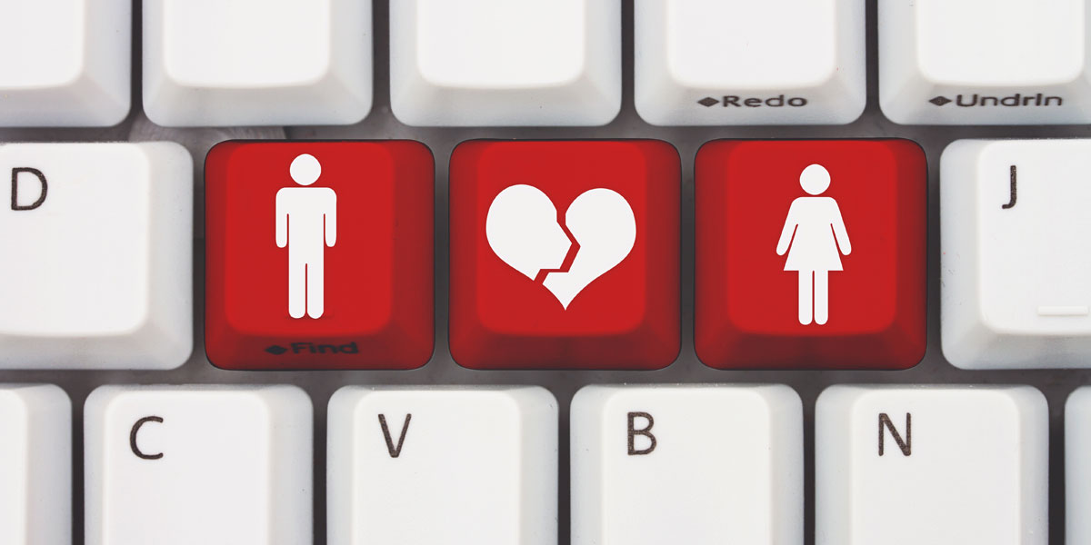 5 Warning Signs that Your Online Romance is Really a Scam